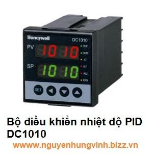 Bộ điều khiển nhiệt độ PID DC1010CT-301-000-E