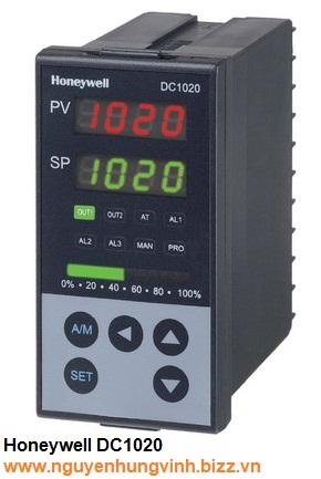 Bộ điều khiển nhiệt độ PID DC1020CT-102-000-E